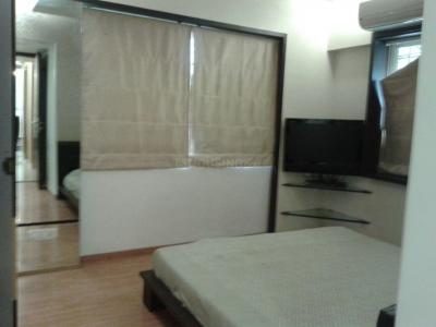 Gallery Cover Image of 959 Sq.ft 2 BHK Apartment for buy in Wadala for 23800000