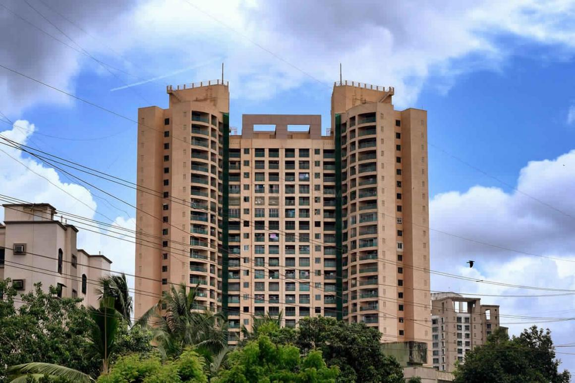 Building Image of 1500 Sq.ft 3 BHK Apartment for rent in Kandivali East for 45000