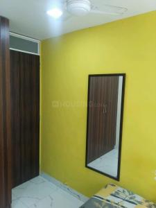 Bedroom Image of PG For Girls in Colaba