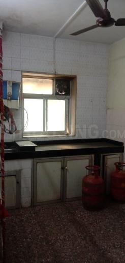 विले पार्ले ईस्ट में एमआर सैंडी के किचन की तस्वीर