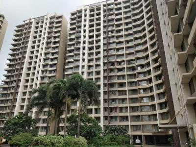 Gallery Cover Image of 1143 Sq.ft 2 BHK Apartment for buy in Kalpataru Aura, Ghatkopar West for 22000000