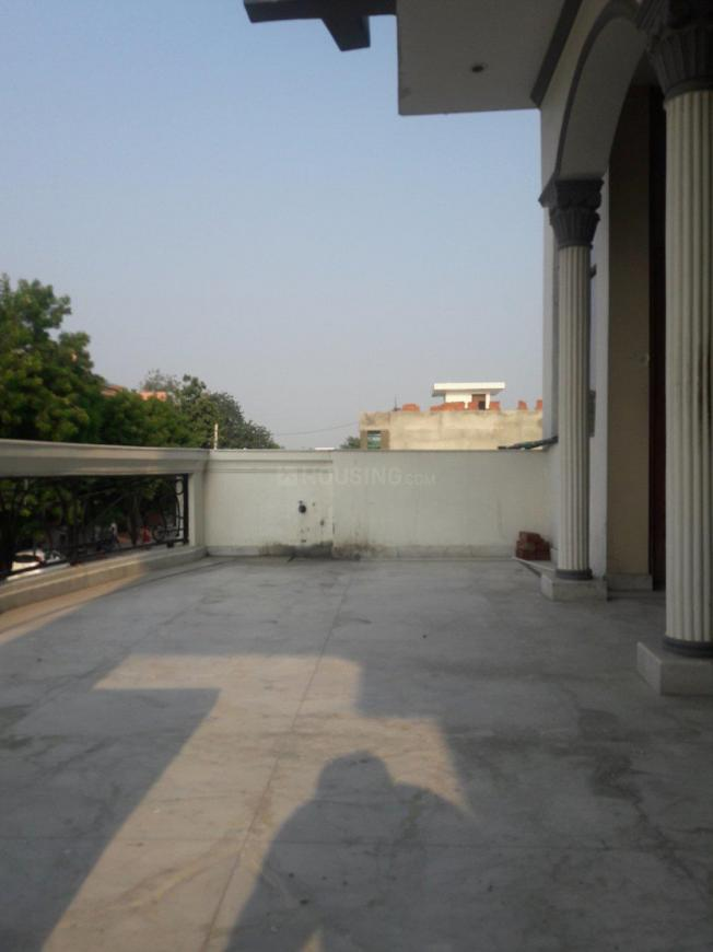 Living Room Image of 2700 Sq.ft 4 BHK Independent Floor for rent in Sector 8 for 22000