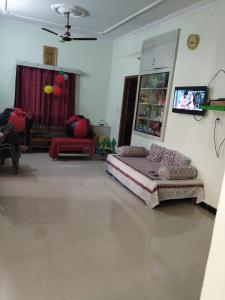 Gallery Cover Image of 1125 Sq.ft 2 BHK Independent Floor for buy in Manikonda for 4200000