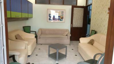 Gallery Cover Image of 1700 Sq.ft 3 BHK Independent Floor for rent in RWA Lajpat Nagar Block E, Lajpat Nagar for 55000