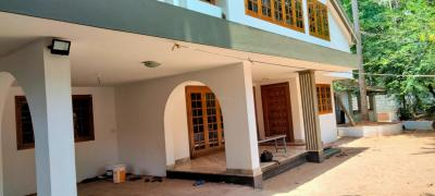Gallery Cover Image of 6000 Sq.ft 4 BHK Independent House for rent in Malaparamba for 45000