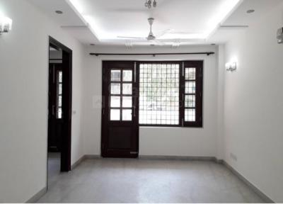 Gallery Cover Image of 1500 Sq.ft 3 BHK Independent Floor for rent in Chittaranjan Park for 45000