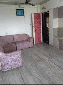 Gallery Cover Image of 600 Sq.ft 1 BHK Apartment for rent in Dahisar West for 20000