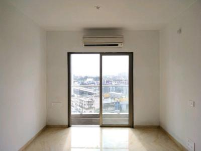 Gallery Cover Image of 870 Sq.ft 2 BHK Apartment for buy in Mira Road East for 7650000