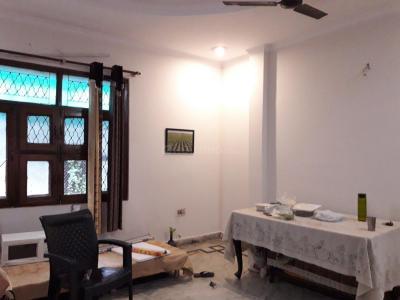 Bedroom Image of Alka PG in Pitampura