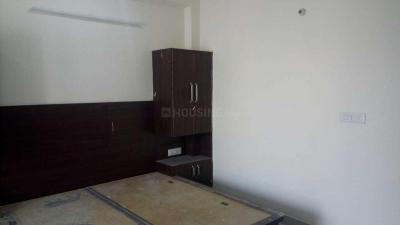 Gallery Cover Image of 540 Sq.ft 1 RK Independent Floor for rent in DLF Phase 3 for 13000