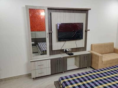 Gallery Cover Image of 1350 Sq.ft 3 BHK Apartment for buy in Sector 16 for 6500000