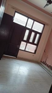 Gallery Cover Image of 1210 Sq.ft 3 BHK Independent Floor for rent in Niti Khand for 14000