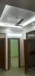 Gallery Cover Image of 680 Sq.ft 1 RK Apartment for rent in DDA Flats Vasant Kunj, Vasant Kunj for 18000