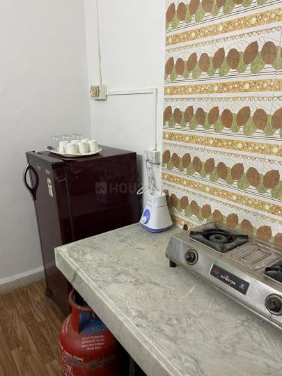 कल्याणी नगर में एफ़.एस.होम्स के किचन की तस्वीर