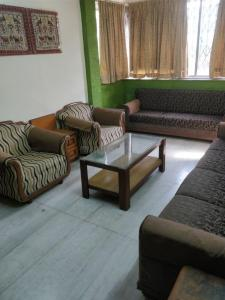 Gallery Cover Image of 715 Sq.ft 2 BHK Apartment for rent in Andheri East for 65000
