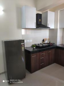 660 Sq.ft Residential Plot for Sale in Lal Kuan, Ghaziabad