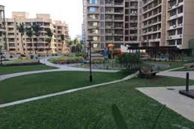 Gallery Cover Image of 1100 Sq.ft 3 BHK Apartment for rent in K Raheja Vistas, Powai for 72000