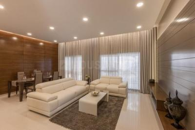 Gallery Cover Image of 3160 Sq.ft 4 BHK Apartment for rent in Bellandur for 140000