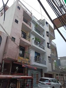 Building Image of Galleria PG in Dwarka Mor