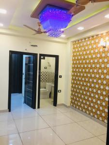 Gallery Cover Image of 600 Sq.ft 2 BHK Independent Floor for buy in Palam for 3300000