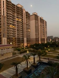 Gallery Cover Image of 1900 Sq.ft 3 BHK Apartment for buy in New Sathi Apartment, Sector 54 for 12700000