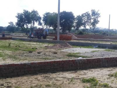 Gallery Cover Image of 1000 Sq.ft Residential Plot for buy in Gomti Nagar for 1100000