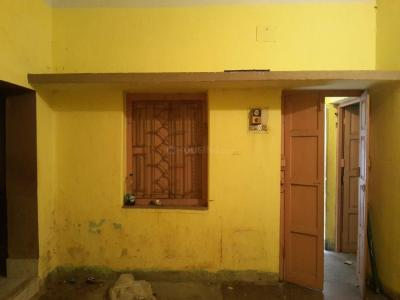 Gallery Cover Image of 700 Sq.ft 1 BHK Independent Floor for rent in Tollygunge for 10000