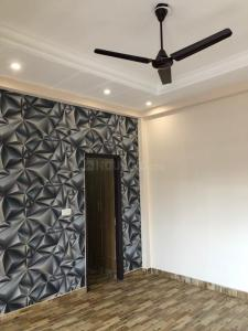 Gallery Cover Image of 1600 Sq.ft 3 BHK Apartment for buy in Aman Vihar for 5790000