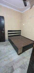 Gallery Cover Image of 900 Sq.ft 2 BHK Independent Floor for rent in  SWA AB Block Shalimar Bagh, Shalimar Bagh for 20000