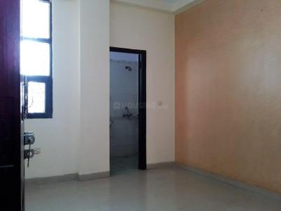 Gallery Cover Image of 1250 Sq.ft 2 BHK Independent House for rent in Gyan Khand for 12500