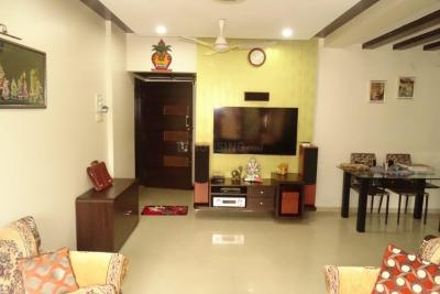 Gallery Cover Image of 950 Sq.ft 2 BHK Apartment for buy in Heights, Andheri East for 17500000