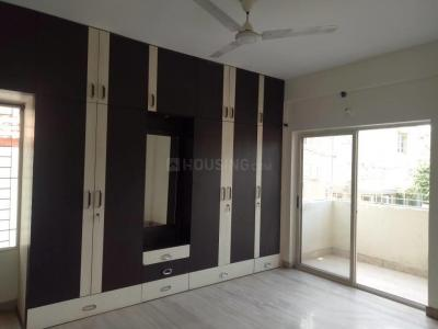 Gallery Cover Image of 1600 Sq.ft 3 BHK Apartment for rent in Tuscan Cedar, Domlur Layout for 40000