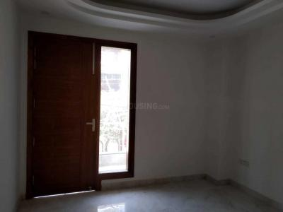 Gallery Cover Image of 505 Sq.ft 1 RK Apartment for rent in Omicron III Greater Noida for 10500