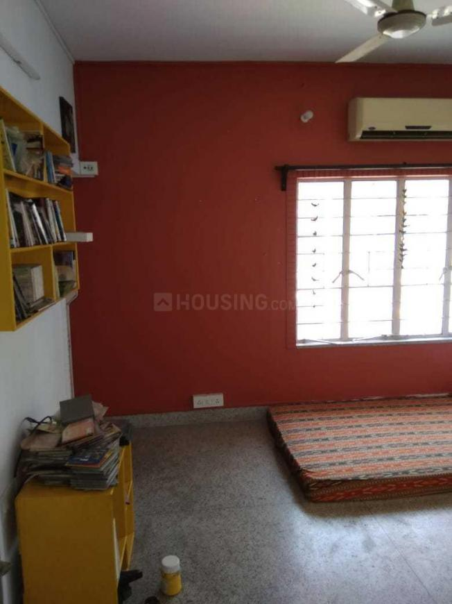Bedroom Image of 1200 Sq.ft 3 BHK Independent Floor for buy in Golf Green for 6500000