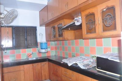 Gallery Cover Image of 1800 Sq.ft 3 BHK Apartment for rent in Vasant Kunj for 47000