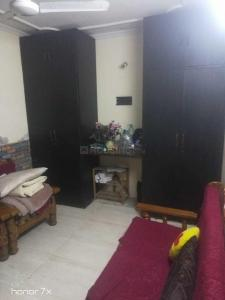 Gallery Cover Image of 450 Sq.ft 1 BHK Independent Floor for rent in Malviya Nagar for 15000