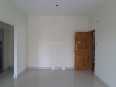 Gallery Cover Image of 1024 Sq.ft 2 BHK Apartment for buy in Pallikaranai for 5500000