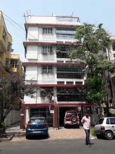 Gallery Cover Image of 1000 Sq.ft 2 BHK Apartment for rent in Bhowanipore for 18000