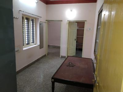 Gallery Cover Image of 600 Sq.ft 2 BHK Independent House for rent in Bharat Nagar for 7500