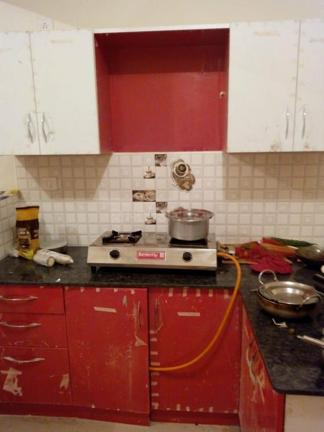 Kitchen Image of 1500 Sq.ft 3 BHK Apartment for rent in Bommasandra for 20000