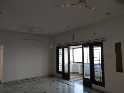 Gallery Cover Image of 2400 Sq.ft 3 BHK Apartment for rent in Banjara Hills for 50000
