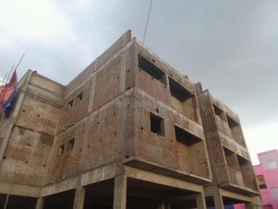 Gallery Cover Image of 817 Sq.ft 2 BHK Apartment for buy in Poonamallee for 2696100