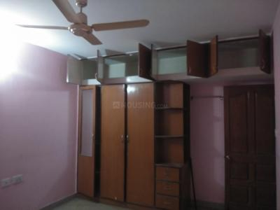 Gallery Cover Image of 1600 Sq.ft 3 BHK Apartment for rent in RMV Extension Stage 2 for 33000