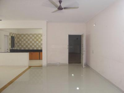 Gallery Cover Image of 1350 Sq.ft 2 BHK Apartment for rent in Viman Nagar for 26000