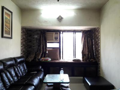 Gallery Cover Image of 840 Sq.ft 2 BHK Apartment for rent in Kandivali East for 27000
