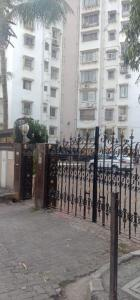 Gallery Cover Image of 1400 Sq.ft 3 BHK Apartment for buy in Andheri West for 32500000