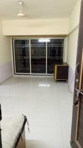 Gallery Cover Image of 600 Sq.ft 1 BHK Apartment for rent in Parel for 45000