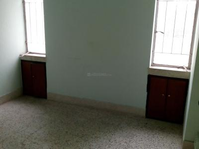 Gallery Cover Image of 1650 Sq.ft 3 BHK Apartment for rent in Raja Bazar for 30000
