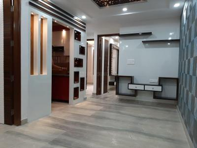 Gallery Cover Image of 1100 Sq.ft 3 BHK Apartment for buy in Dwarka Mor for 5500000