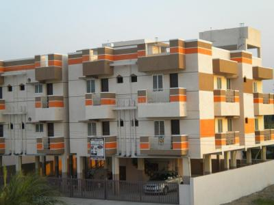 Gallery Cover Image of 905 Sq.ft 2 BHK Apartment for buy in Thenambakkam for 2740000